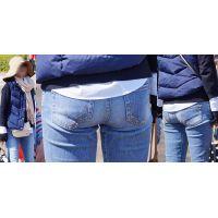 物凄いフェロモンをプンプン振り撒く美形セレブ奥様はジーンズ美尻に形の良いヒップラインを丸出しで魅せ付けてくれる!!
