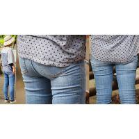 小柄で爽やかな可愛いママさんはジーンズ下半身にフトモモに喰い込んだガードルのラインをクッキリと浮かび上がらせる!!