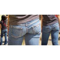 ほんのり日焼けしたムチっとしたカラダの美形ママさんはジーンズ美尻にヒップラインをクッキリと浮かび上がらせる!!