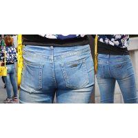 爽やかで健康的な地方出身の可愛い若ママさんはジーンズ美尻に喰い込んだパンティーのラインをクッキリと浮かび上がらせる!!