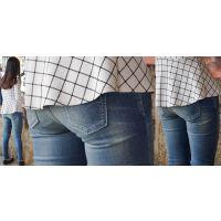 爽やかで清潔感溢れる美形ママさんはジーンズ美尻に張り付いたパンティーのラインをクッキリと浮かび上がらせる!!