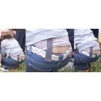 爽やかで可愛い若ママさんはジーンズの腰から蒸れたブラウン系のパンティーをチラチラと覗かせてくれる!!
