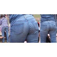 【前編】真面目で優しそうな綺麗なママさんはボリュームたっぷりのジーンズ爆尻にパンティーラインをクッキリと浮かび上がらせる!!