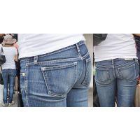 小柄で細身の清潔感溢れる美形若ママさんはジーンズ美尻に形の良いヒップラインをクッキリと浮かび上がらせる!!