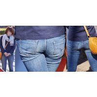 爽やかで色白美肌の可愛い若ママさんはジーンズ美尻にパンティーのクロッチラインをクッキリと浮かび上がらせる!!