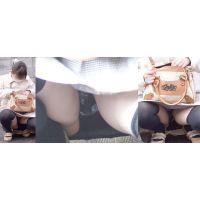 【中編】私立女子大の真面目そうなお姉さんはスカートの奥の蒸れた黒いパンティーをチラチラと覗かせてくれる!!