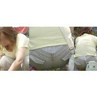 ムッチムチママさんは巨乳を押し潰し腰からレースの高級ガードルを覗かせる!!