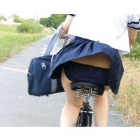自転車パンチラ訳してチャリチラ!爆風編!!�11