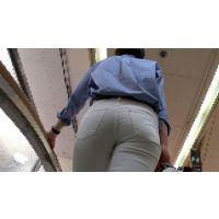 【FHD 60fps動画】白パン美熟女の爽やかパンティーライン(後編)