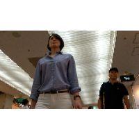 【FHD 60fps動画】白パン美熟女の爽やかパンティーライン(前編)