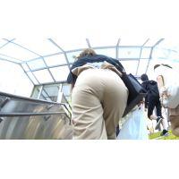 【FHD 60fps動画】巨尻ハーフ美女のパンティーライン