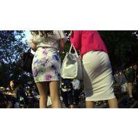 【FHD 60fps動画】夏はビアガーデン!二人組ギャルの美尻に乾杯!