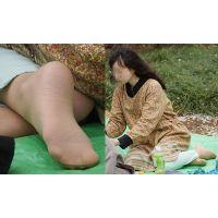 【足裏】眼鏡の似合う真面目な美形奥さんが見られたくないパンストの足の裏