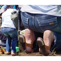 セレブっぽい美形奥さんの厚みのあるヒビ割れ角質足裏