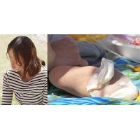 【足裏】爽やかで透明感ある若奥さんの蒸れたパンスト+フットカバー足裏