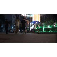 【ミニスカ】真っ暗の中で歩くお水の商売をしているエロい女