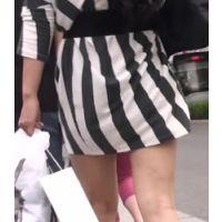 【お姉さん】見えそうで見えないスカートを履いてフラフラ