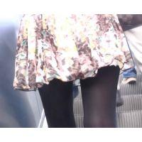 【黒スト】シンプルな黒ストの歩行姿