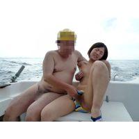 ◆素人投稿動画 黒髪ショートの●リっコ、露出クルーズで大絶叫!可愛いです!file03 デッキで全裸に!丸見え!フェラ&アナル舐