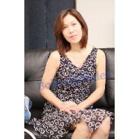 格闘趣味の人妻はソフトタッチに感じて震え、深い挿入には絶叫、そして指オナ 千香子 33歳