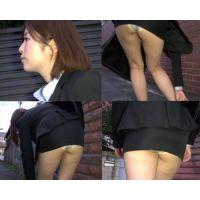 【OL超ミニスカリクスーパンチラ動画4】美脚生脚パンプスで脚指蒸れ蒸れ!