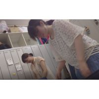 看護助手・仕事終わりの更衣室� エリ(24才)ユミ(26才)