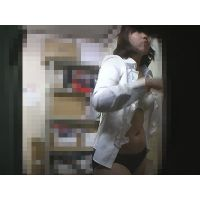 Coffee lady change room changing peeping shot 10 (return version