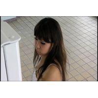 ◆自販機に仕掛けたカメラでパンチラ盗撮 13