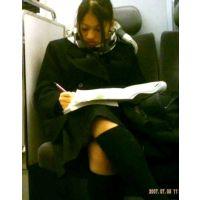 電車対面 学生風2