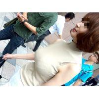 【再編集】超巨乳美人!!歩きながら揺れ揺れ!!-030