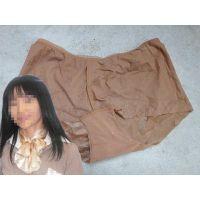 【悪戯】取引先のヤリ手営業マンが出張で履いてたのは地味な茶色のパンティーだった...