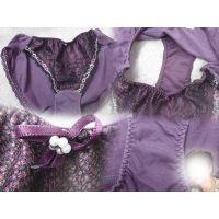 【悪戯】俺の部署のヤリ手上司が出張で履いてた紫の色っぽい綿パンティー...