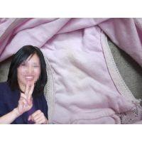 【悪戯】面倒見の良い会社の綺麗な上司が研修旅行で履いてたピンクのパンティーには薄っすらと黄色い染みが...