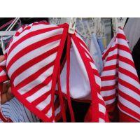 【悪戯】家族ぐるみの付き合いの同僚のギャル嫁さんが身に着けていたシマシマのビキニ水着を遂に手に...