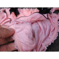 【悪戯】友達の可愛い妹は見た目通り可愛いピンクのパンティーだった...