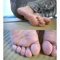 るい 足フェチ動画