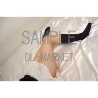 女性の脚02-06