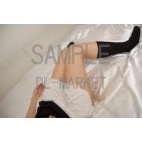 女性の脚02-03