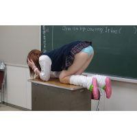 教室占領JK☆チラ見せピンクルーム