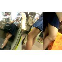 【動画】電車内の美脚たち・・・