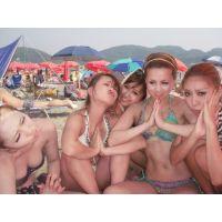 (ビキニ1)夏の休日おっぱい盛り盛りビーチ