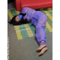 着衣拘束&猿轡フェチ動画 [HR14 フェティッシュボンデージ 青いレインコートの遥 Part1]