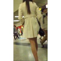 長身美人お姉さんの白コート+超タイトミニスカ