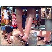 買い物中の美人姉妹の美しい足元を追跡して間近で観察する