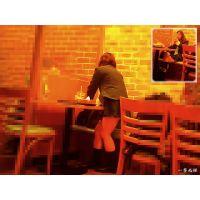 田舎町のカフェの素朴な普通のJ○の自然体な姿を見て癒されたい