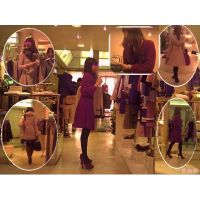 女友達が試着をしてる間に美脚店員や客の女性を撮ってみた