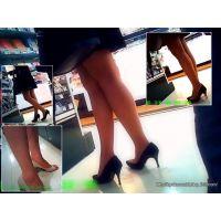 文具屋さんを徘徊していた美しい足のおねーさんに接近しながら観察