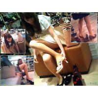 靴屋でおねーさんの試し履きシーンを見ると異常にムラムラする