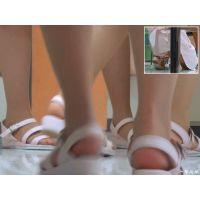 【男の夢シリーズ】可愛い看護婦さんが歩き回る診察室で足だけを観察