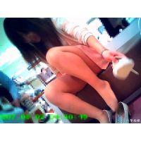 靴売り場で見かける女性の試し履きシーンにとてもドキドキしてしまう